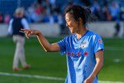 یک فوتبالیست زن در تیم مردان بازی خواهد کرد