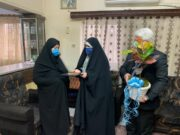 دیدار عضو شورای شهر رشت با مادر شهید پاک نژاد